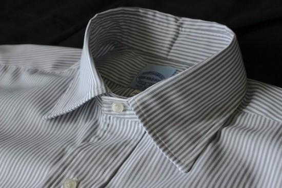 how to keep shirt collars straight